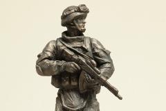 Игнатов А. И. Современный солдат в экипировке. 2013 г. Бронза. 33х14х12