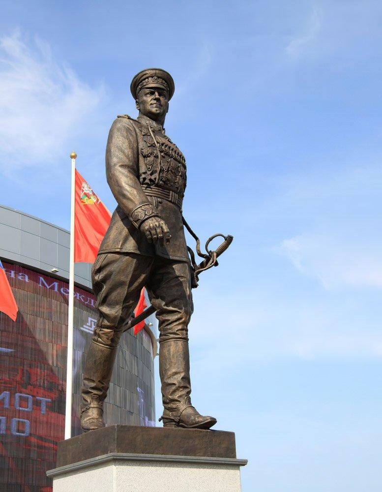 Клавсуц Д.В. Памятник маршалу Г.К. Жукову
